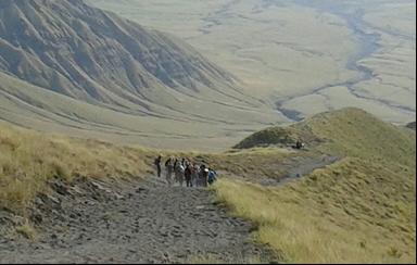 ngorongoro crater walking tour